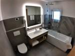 Hotel Cristallo - Bathroom
