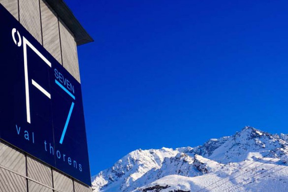 Hotel Fahrenheit 7, Val Thorens, France, FACADE Sign F7 2