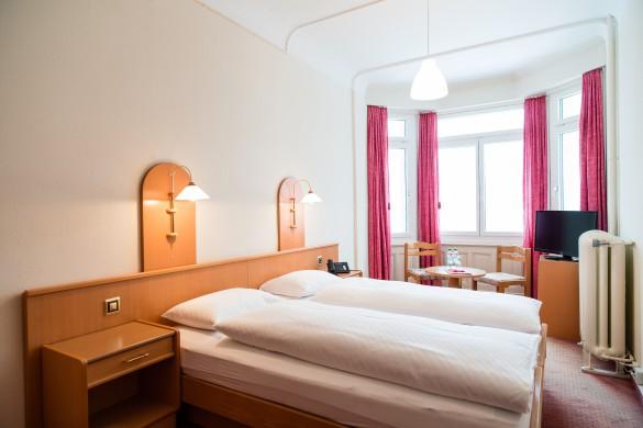 Hotel Terrace-Twin Bedroom-Ski Hotel in Engelberg, Switzerland