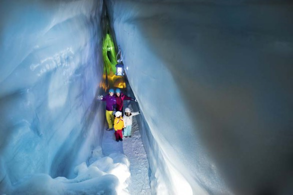Ice Cave Walkway, Photo Mayrhofen, Austria