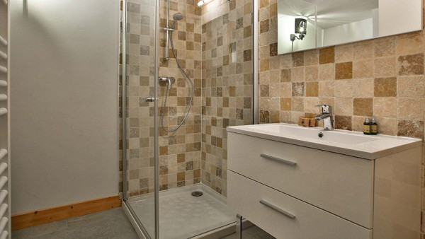 Bathroom - Chalet Iris Bleu - Ski Chalet in La Plagne, France