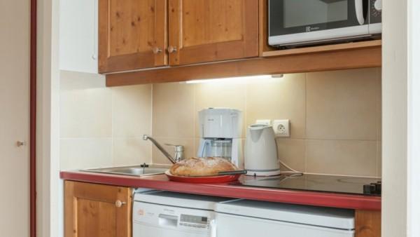 Kitchenette, Residence Le Mont Soleil, La Plagne, France