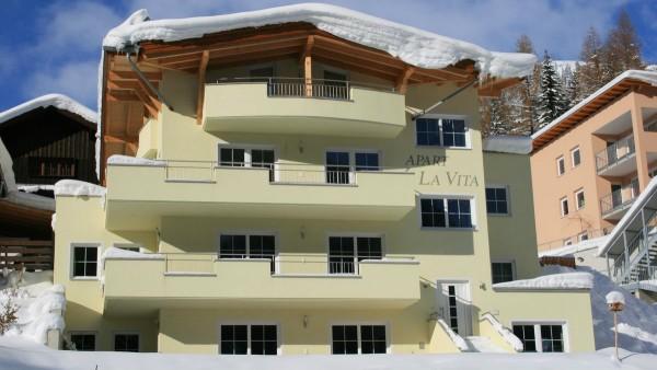 Apart La Vita, Apartment