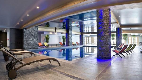Le Cristal de l'Alpe Apartments, Alpe D'Huez - Pool