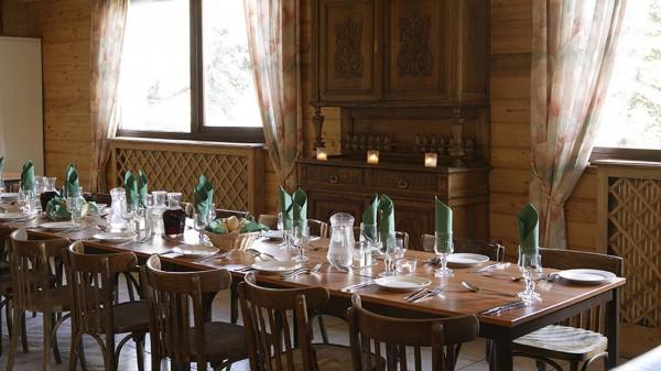 Chalet Les Eterlous dining room, Alpe D'Huez
