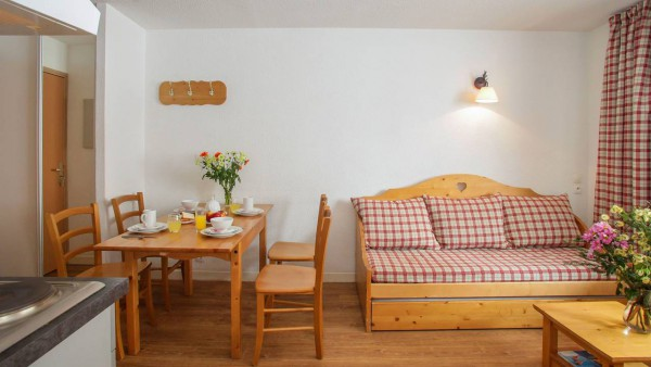 Le Rond Point Des Pistes, Tignes - Apartment - Lounge