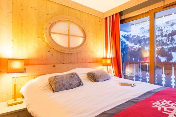 Les Crêts Apartments, Meribel, France, 2 Bedroom, 6 Person Apartment, Bedroom