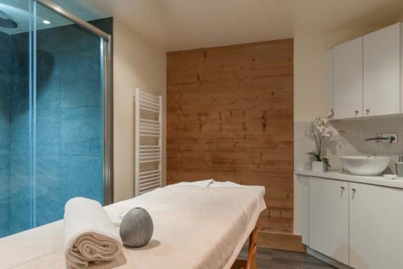 Les Fermes de Meribel, France, Massage Room