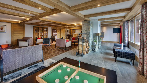 Lobby Area, Les Marmottons - Ski Apartments in La Rosiere, France