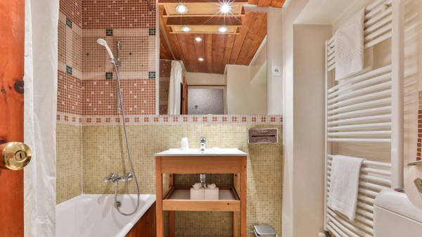 Bathroom, Chalet Lores, Val d'Isere, France