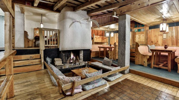 Living and Dining Area, Chalet Lores, Val d'Isere, France