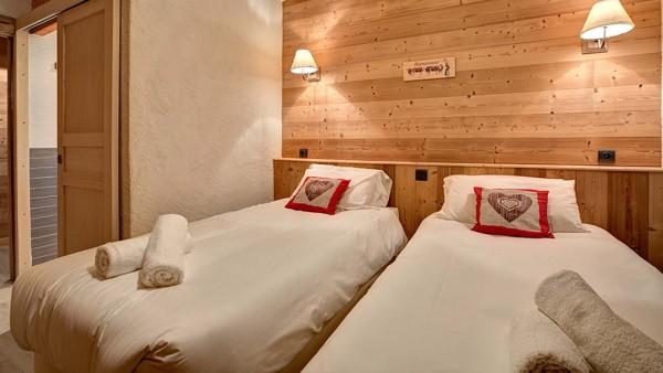 Chalet Martine - Ski Chalet in Alpe d'Huez, France