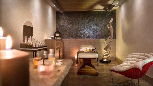 Massage Room, Le Lodge Hemera - Ski Apartments in La Rosiere, France