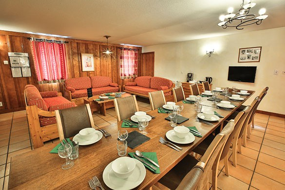 Chalet Peche, Dining Area, Val Thorens
