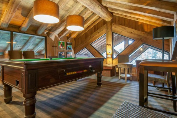 Pool table in Les Fermes de Meribel - ski chalet in Meribel, France
