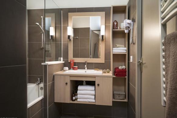 Residence Les Chalets du Solaise bathroom, Val D'Isere