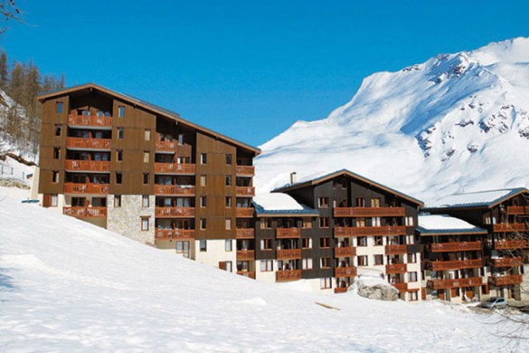 France ski holidays catered ski chalets skiworld for Le jardin de la france