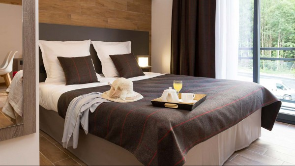 Residence Isatis - Self-catered apartment-chamonix-residence - bedroom