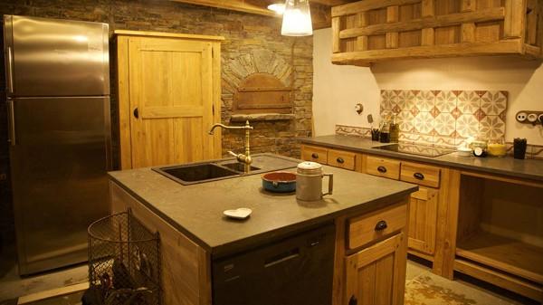 Kitchen, Chalet Samuel, Courchevel, France