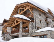 ski holiday lodges