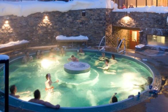 Sunshine Mountain Lodge, Banff - Hot Tub