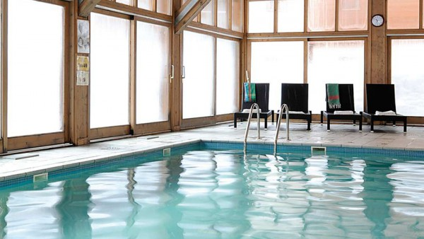 Swimming Pool at Residence Les Chalets Edelweiss, La Plagne