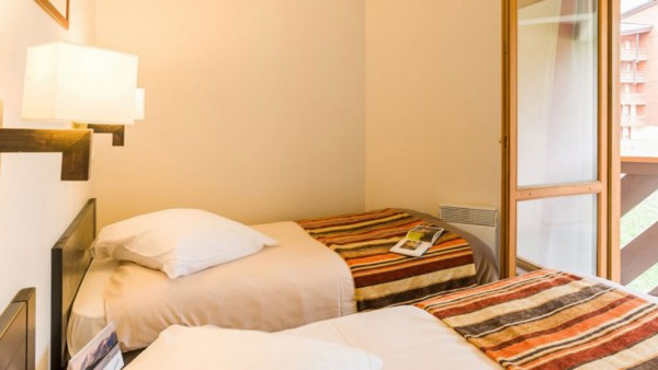 Twin Bedroom, Residence Le Tikal, Val Thorens, France
