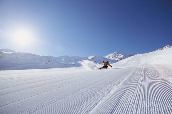 Freshly groomed pistes in Val Thorens