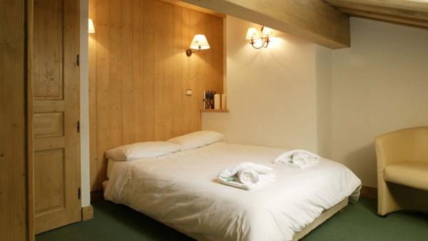 Bedroom in chalet Valerie, ski chalet in Tignes, France