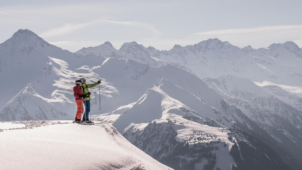 Winter skiing and landscapes in Mayrhofen