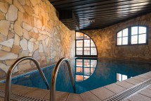 Altitude building swimmng pool, Val Thorens