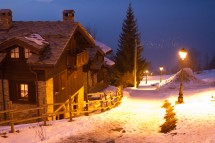 Night Exterior of Chalet Ecureuil de Neige - Ski Chalet In Courchevel, France