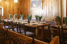 Chalet Lores dining, Val D'Isere