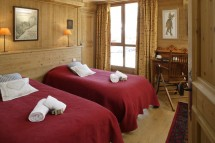 Chalet Tolima beds red, Val D'Isere