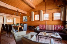 Chalet Rayon de Soleil, Val Thorens, France, Living and Dining Area