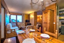 Chalet Sagittaire, Val Thorens, France, Living and Dining Area