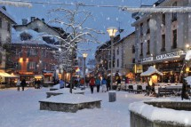 Chamonix Town Centre - Ski resort in France