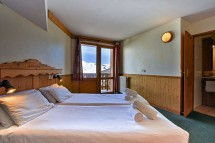 Chalet Clementine, Val Thorens, France, Twin Bedroom