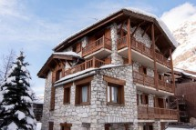 Exterior of chalet Arsellaz - ski chalet in val d'Isere, France