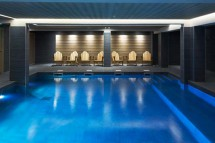 Hotel-Fitzroy-swimming-pool