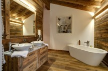 Bathroom, Chalet Altair, Nendaz, Switzerland