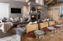 Living and dining area in chalet Annapurna I