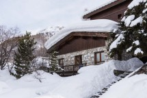 Exterior of chalet Premiere Neige - ski chalet in Val d'Isere, France