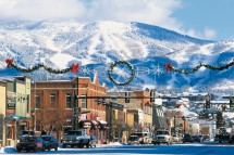 Christmas decorations go up in Steamboat, USA