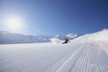 Freshly groomed pistes in Val Thorens